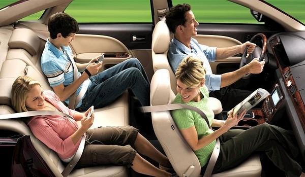 Resultado de imagem para cinto de segurança automotivo no veículo