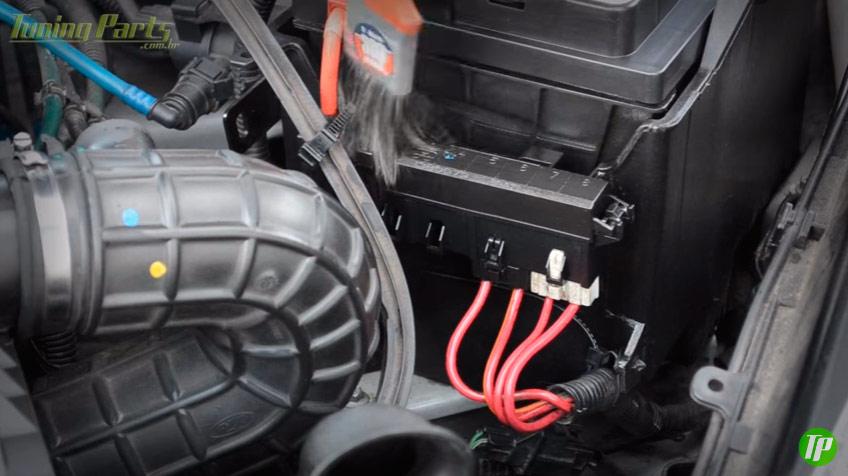 pincel-lavar-motor-componentes-eletricos